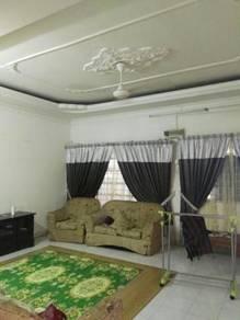 Rumah Teres 2 Tingkat Di Pantai Remis Perak
