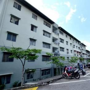 1st Floor Putra Permai Block B Apartment Seri Kembangan