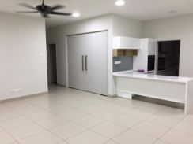 Idaman Residence , KL CITY , 5min to KLCC LRT , below value 30%