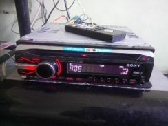 Sony xplod audio player with subwoofer pre out