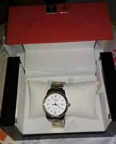 Tissot Pr100 gold brand new never worn touch befor