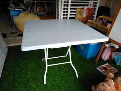 Square Table - plastic