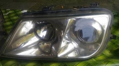 Lampu depan waja mmc