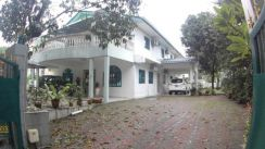 LUXURY AND BIG Double Storey Bungalow Kuala Lumpur City Centre