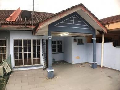 House for sale at bandar puncak alam