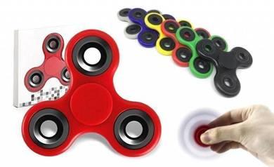 BPS TW Roller Tri Fidget Hand Spinner Fun Toy Spin