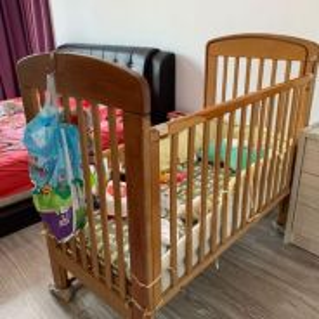 Baby cot katil
