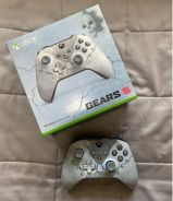 Xbox One Gears 5 Limited Edition Controller