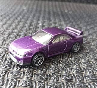 Hotwheels Purple Nissan Skyline R33