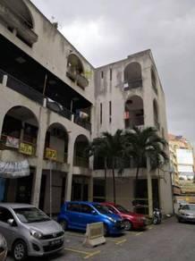 4 storey shoplot at Taman Shamelin Perkasa, Cheras. Direct owner
