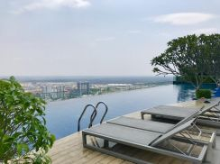 Luxury Condo, 1200sf , Freehold, Furnished, Cash Back RM95k