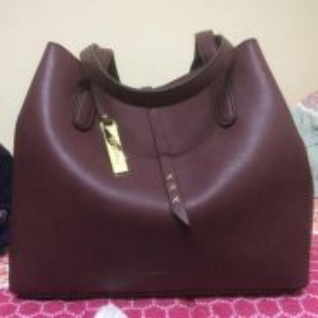 Mizzue Handbag Burgundy