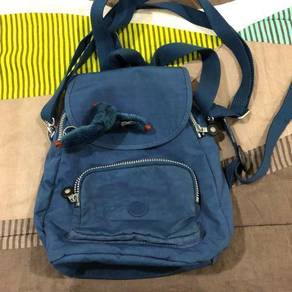 Authentic kipling beg backpack