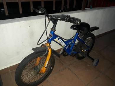 Basikal kanak2 saiz 16