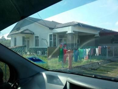 Rumah teres corner lot Kuala Lipis