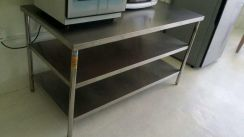 Used Stainless Steel Kitchen Work Table 3tiers