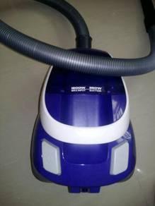 Vacuum / Vakum