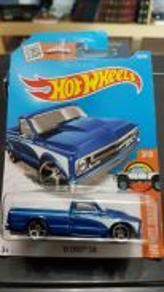 SGZ : HW - '67 Chevy C10 - blue