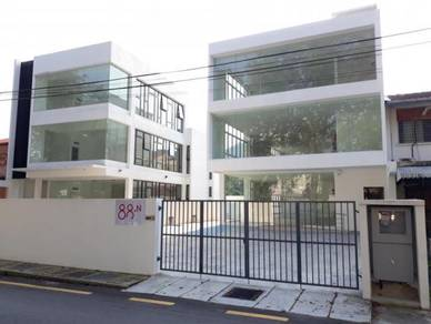 3 Storey Bungalow with Lift - Jalan Masjid Negeri - Commercial Shop