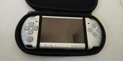 SONY PSP in good condition 9/10 (negotiable) cod