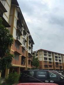 Kota Damansara single room-Gugusan Semarak 3 (near MRT KD station)