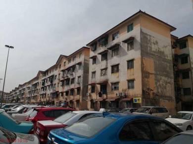 Idaman Apartment in Damansara Damai, Petaling Jaya, Selangor