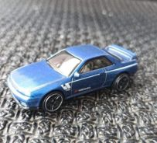 Hotwheels Blue Nissan Skyline R32