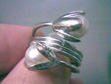 ABRSM-F007 Vintage Flower Loopy Silver Ring size 7