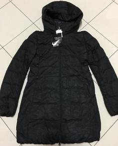 Brand new Uniqlo stretch down coat