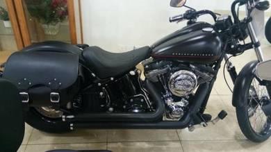 Harley davidson softail black line