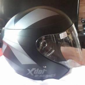 Bukan menjual tapi mencari helmet murah2