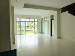 2 ½ Storey Intermediate House at Desiran Bayu, Presint 16, Putrajaya