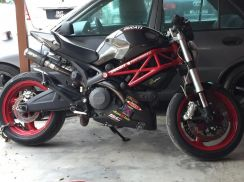 2012 Ducati monster 795 fully carbon