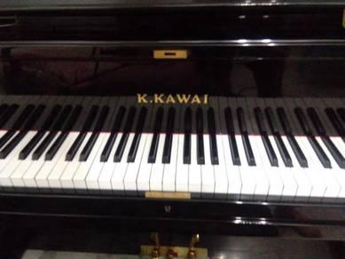 K.kawai upright piano