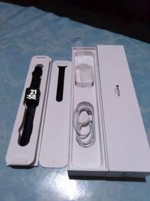 IPhone 7 128gb & apple watch series 3 38mm