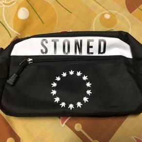 Beg stoned