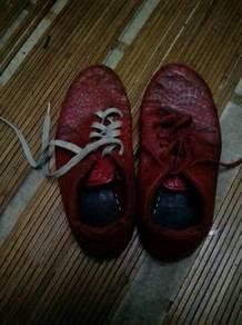 Nike ( Futsal Shoes )