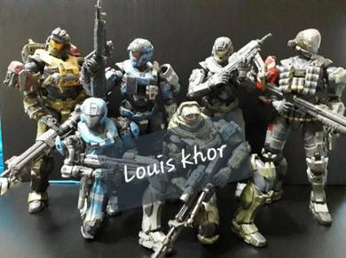 Play arts kai Halo reach master cheif set neca