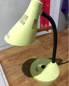 Table Lamp/ Lampu Meja