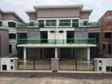 Kota Laksamana-LIMBONGAN INDAH-3sty SEMI D House (NEW) 5 room 5 bath