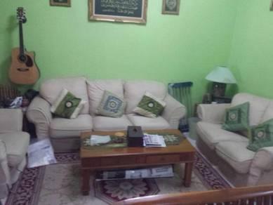 Double storey house Bandar menjalara 62b kepong freehold