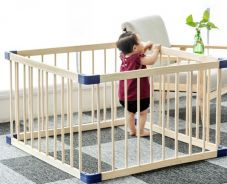 Various Shapes & Sizes Solid Wood Baby Fence