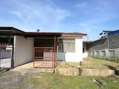 Rumah di Bdr Baru Sg Lalang End Lot dgn Tanah Tepi, Sg Petani Kedah