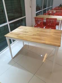 Meja Makan kayu solid Utk Dijual (meja shj)