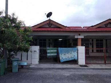 Single Storey at Taman Tunas Mahkota Batu 11 Jalan Gambang