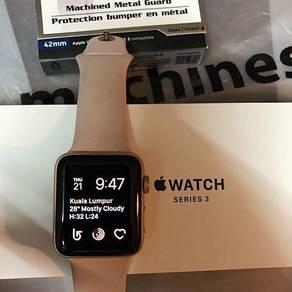Apple Watch 42mm Series 3 Gold Aluminum