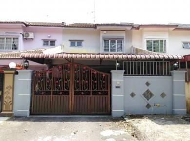 Rumah dua tingkat 4bilik 2bilik air/deposit kurang/100% loan!