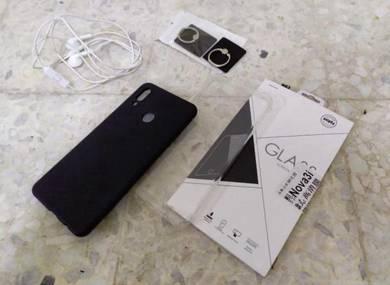 Huawei Nova 3i tpu case with ori earphone