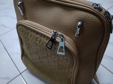 Backpacks CR 2