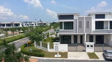 Corner House Canal Garden Horizon Hill Johor